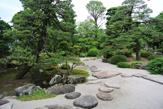出雲地方独特の庭園