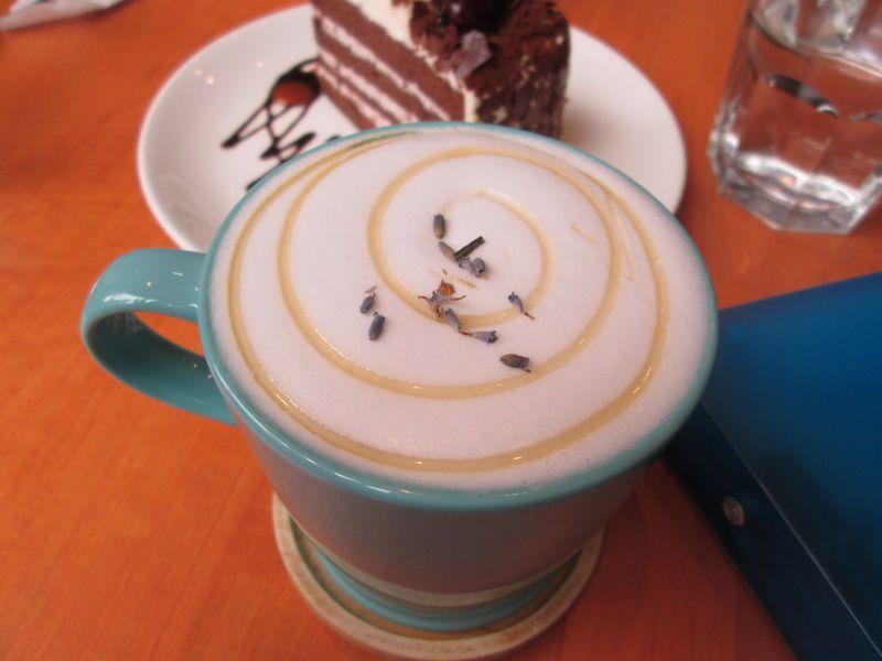 台北永康街のおしゃれカフェ「永康階・山草珈琲」のラベンダーラテが絶品すぎる!