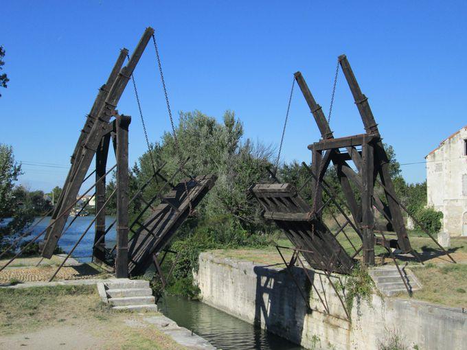 6.アルルの跳ね橋/フランス