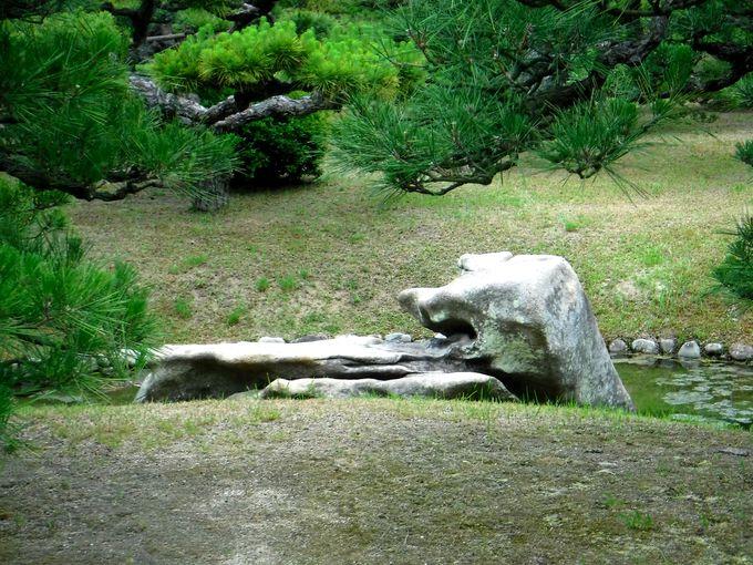 栗林公園で隠れた珍景をさがそう!