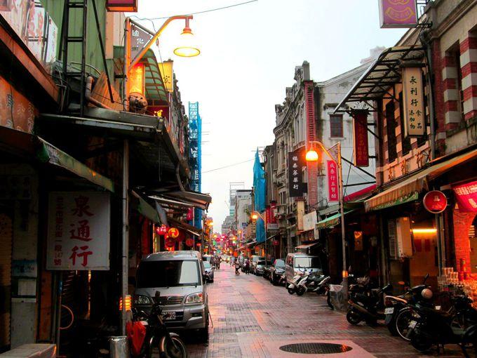 台北の老舗が連なる問屋街「迪化街」でお土産もチェック!