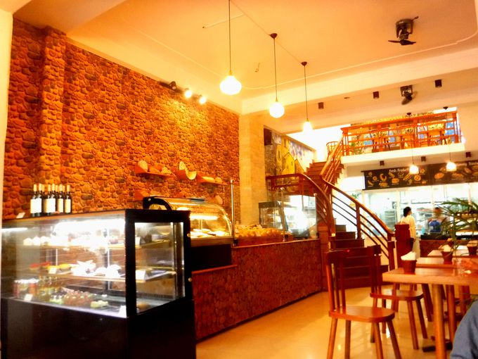 美味しいパンが味わえるおしゃれカフェ「LeVain BAKERY」