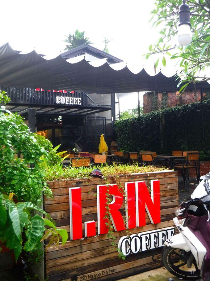 トゥボン川が目の前!「I.RIN COFFEE」はおつまみもおしゃれ!