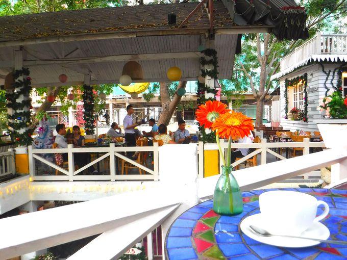 「カフェ」の常識を覆すベトナムの大人気カフェ「カントリーハウス」