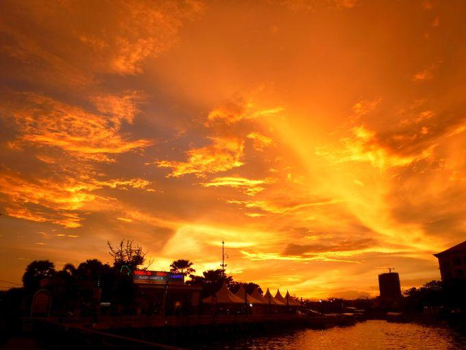 きっと一生の思い出に。マラッカの絶景夕日を見よ!