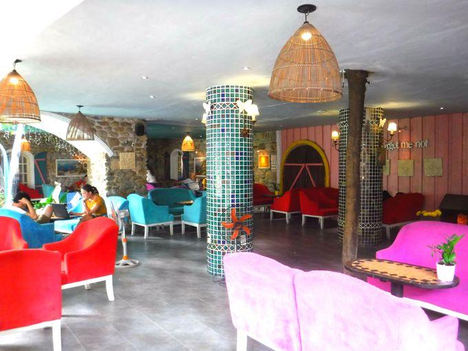 「シティハウスカフェ」の店内でお気に入りの席を見つけよう!