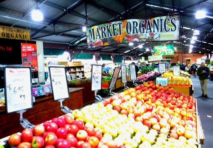 お土産だけじゃない!新鮮野菜も手に入る「クイーンズ・ビクトリアマーケット」