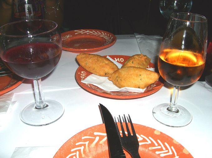 夜:ディナーはやっぱりポートワインとともに・・・