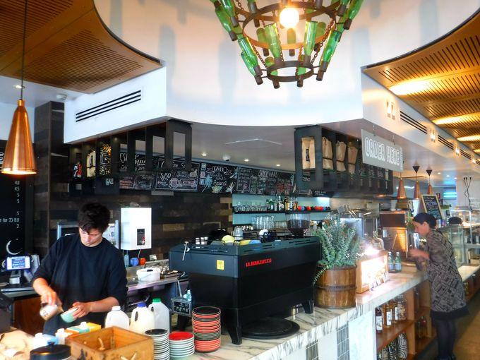 キングスパークの醍醐味。カフェで寛ぎながらパースの絶景を楽しもう!