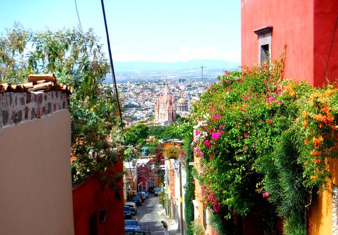 サンミゲルデアジェンデの可愛らしい街並み