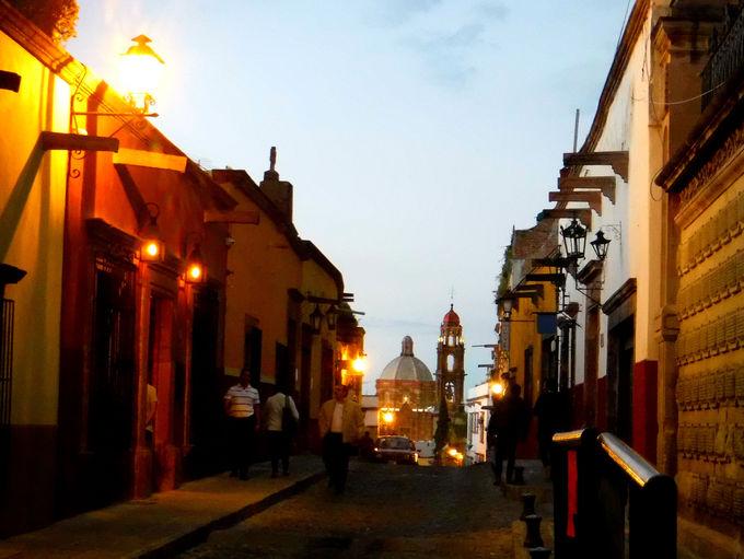 サンミゲルデアジェンデは夕景や夜景も美しい