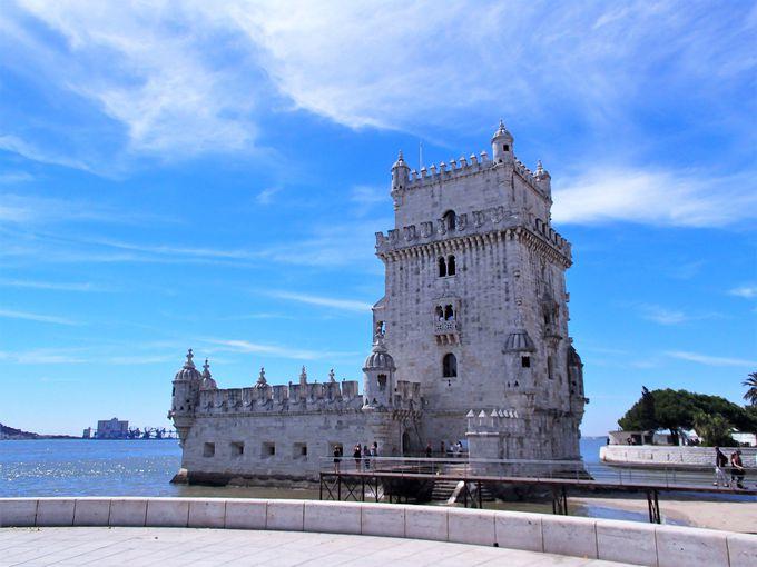 旅立つ船を見守ってきた世界遺産「ベレンの塔」