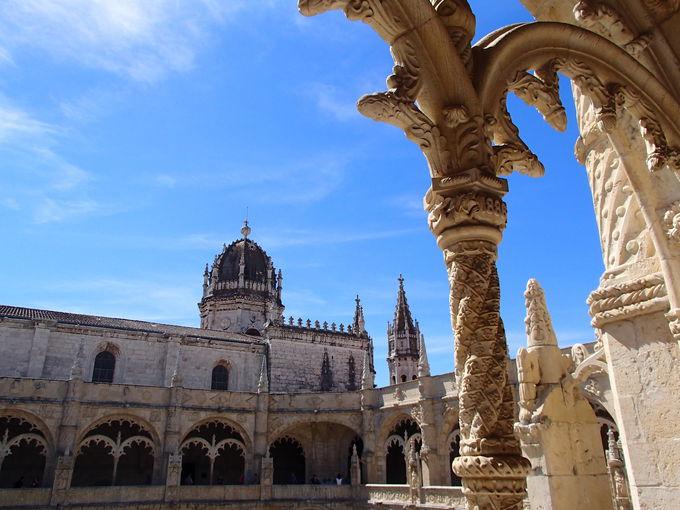 美しい白亜の世界遺産「ジェロニモス修道院」