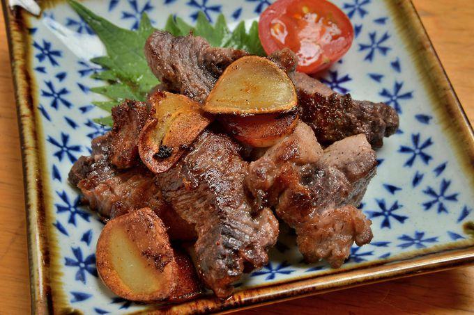 ねぎとろ丼と並んで「咲乃家」で超絶人気を博すマグロの血合いステーキ