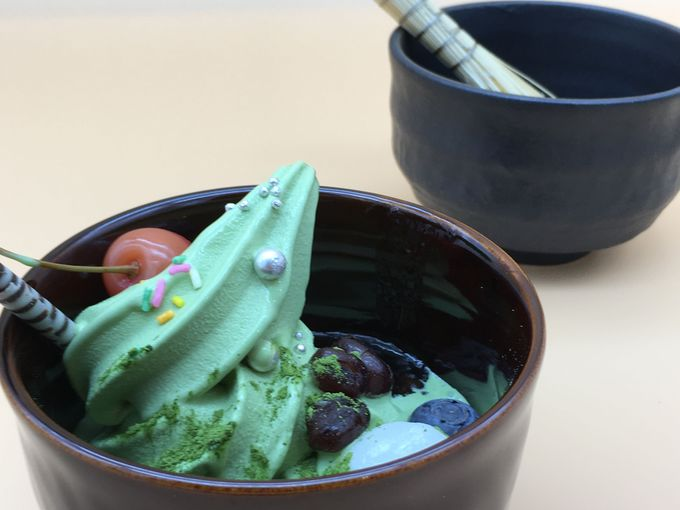 新緑の季節に20種の抹茶スイーツが勢揃い!