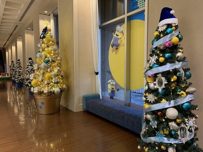 1階は「ミニオン・パーク」のミニオンたちのクリスマス