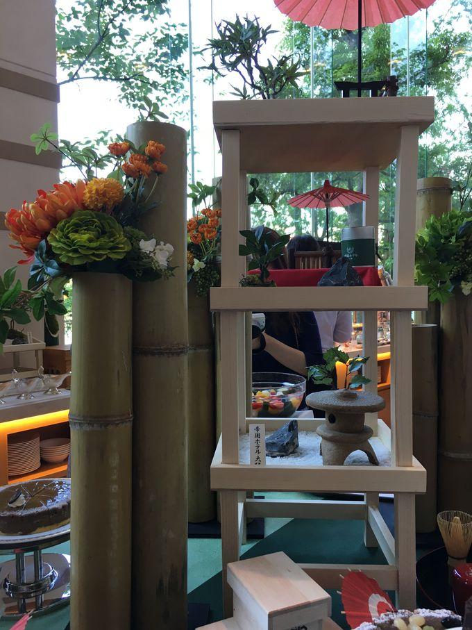 心惹かれる箱庭や苔玉そして緑茶とほうじ茶のスイーツブフェ