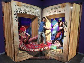 生首を食べて!?大阪新世界に3Dアート施設が登場!「魔法の絵画展」