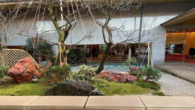 まるで自然と芸術の饗宴の館「白玉の湯 華鳳」