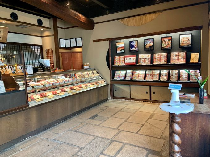 「京都一の傳本店」1階はショップ