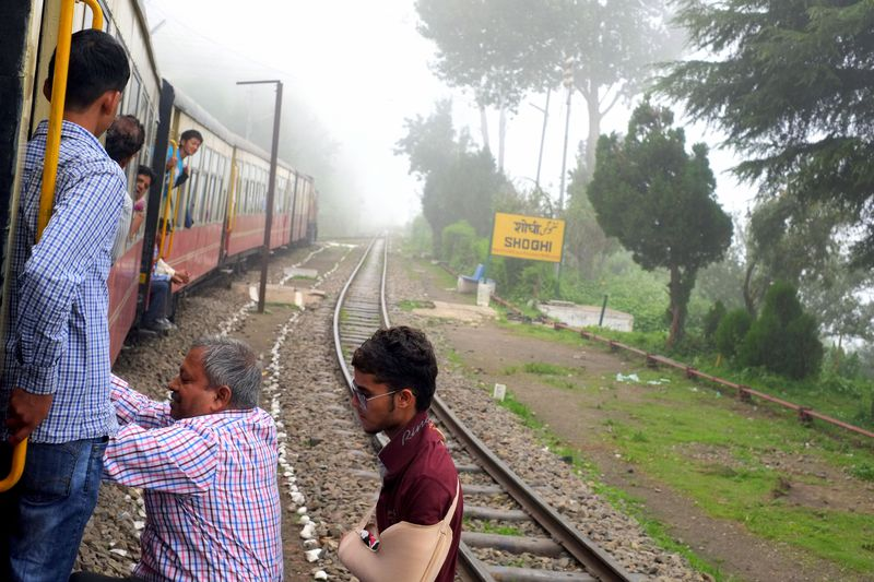 世界遺産の山岳列車が走る!雲の上の街・インド「シムラー」へ
