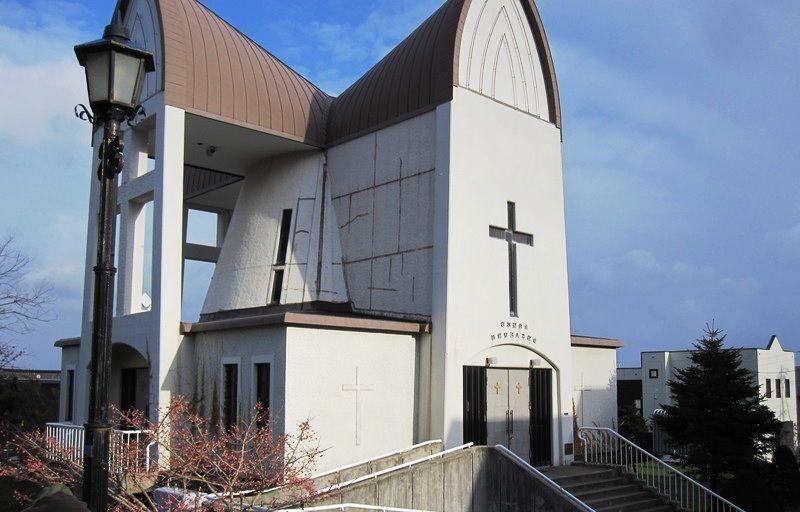 函館聖ヨハネ教会は現代的なデザインが魅力的