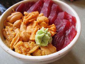 北海道積丹町の絶品夏グルメ!食事処「鱗晃」のウニ丼と海の幸