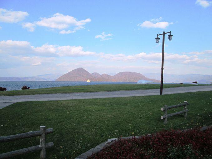 洞爺湖を見渡す特等席で優雅な時間を過ごそう!