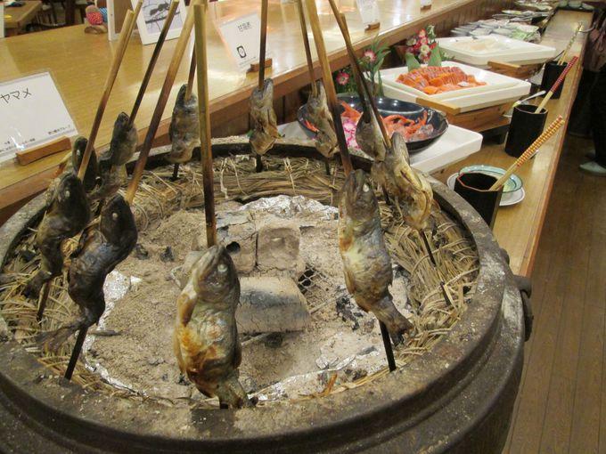 自分で作れる鍋は「ホロホロ山荘」の冬の風物詩