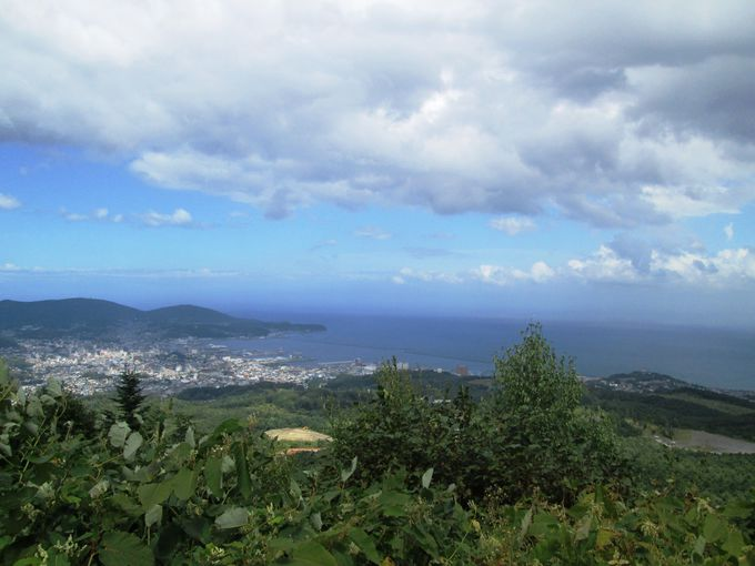 小樽の街を横から眺める「毛無山展望所」