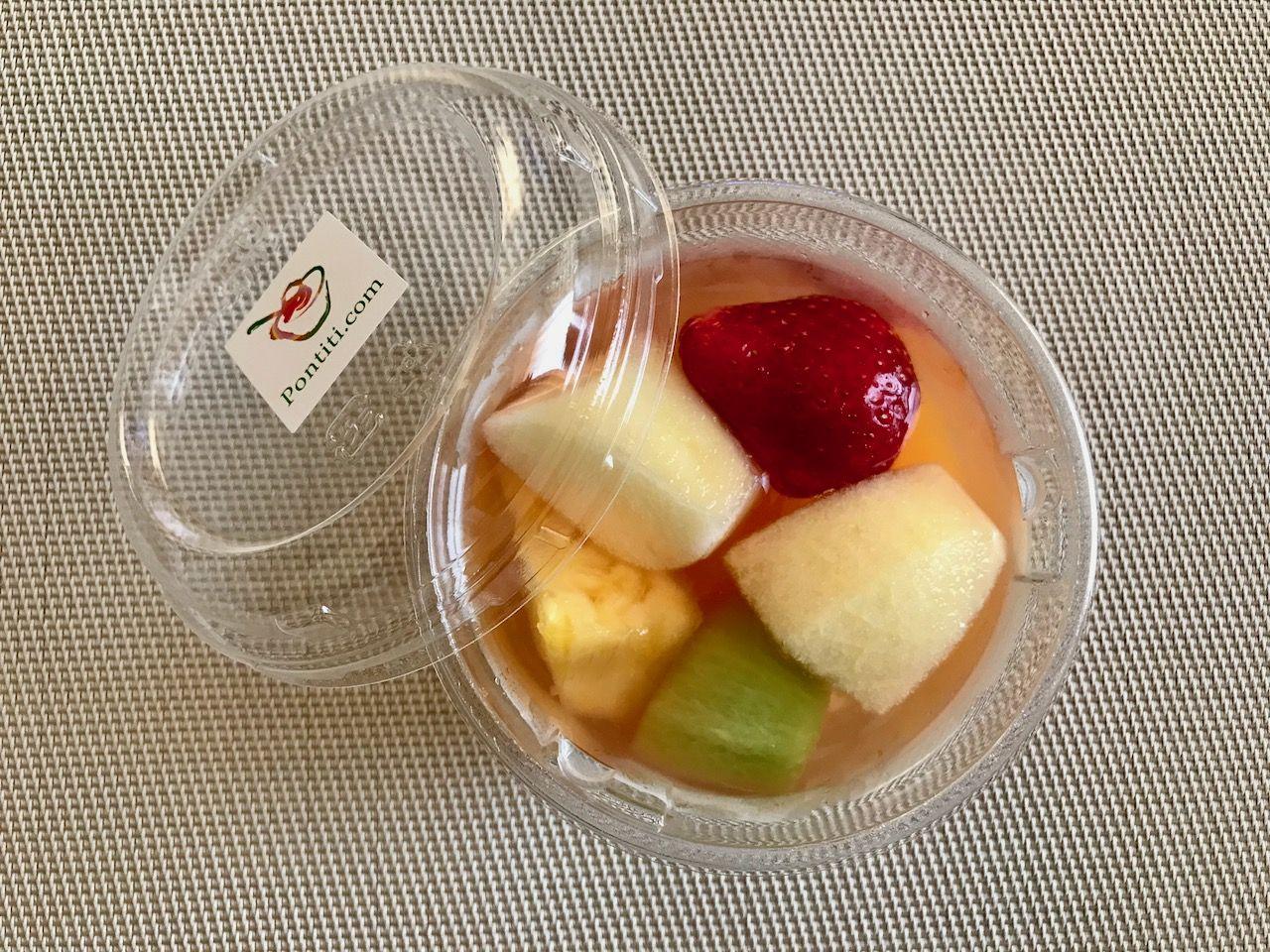 「フルッティア/フルーツbar」でしか食べられません!可憐なお花のようなポンチッチパフェ