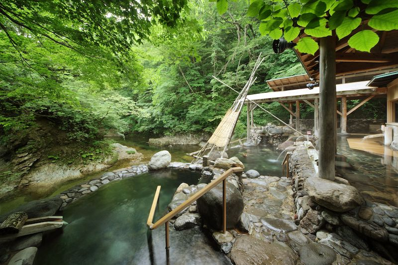 自然の中で作並温泉のお湯にとっぷり浸かって