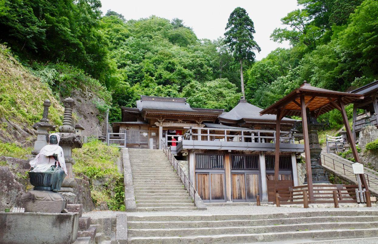 「山寺」の見所を時間をかけて楽しむ