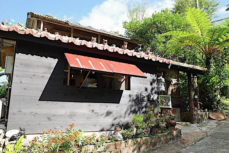 やんばるの森の中にある古民家カフェ