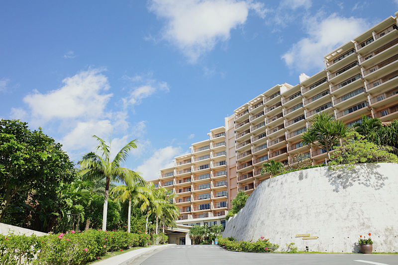 のんびり過ごす沖縄「カフーリゾートフチャク コンド・ホテル」