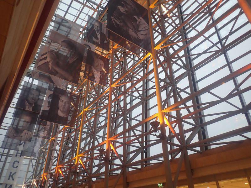 世界最高峰のバレエをウラジオストク「マリインスキー沿海州劇場」で観る