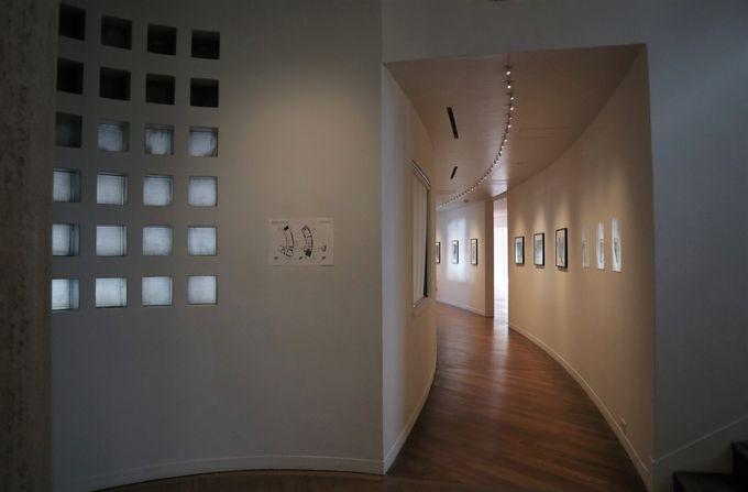 白い洋風建築の美術館