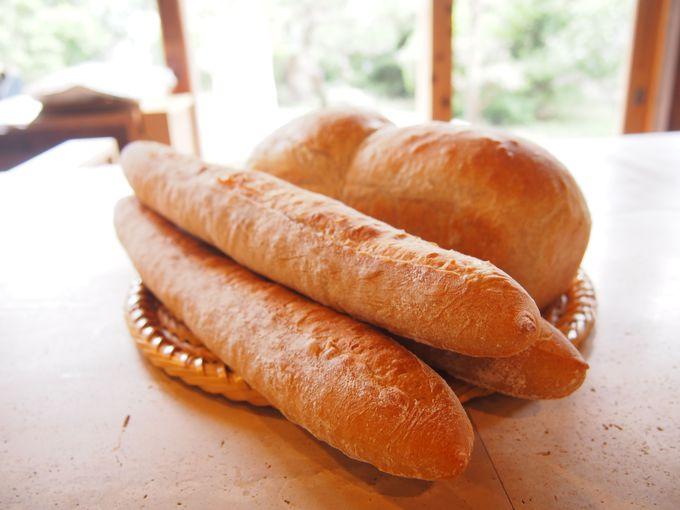火曜日限定!天然酵母パンも必見!