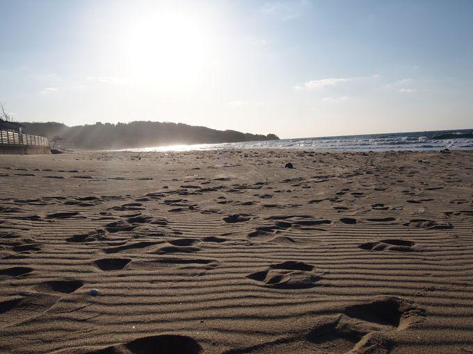 キレイな海でしか聴くことのできない音「琴ヶ浜」