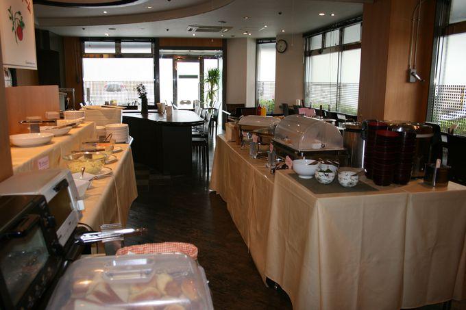 モーニングファームで30種類のごきげんな朝食は大満足
