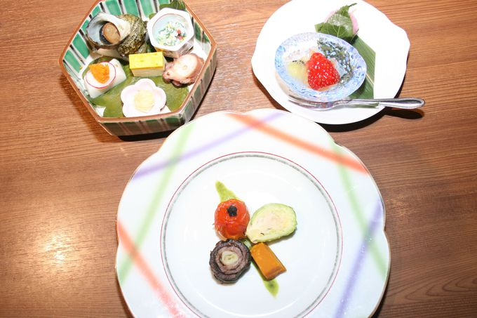 季節の会席料理は洗練された盛り付けが女性に人気