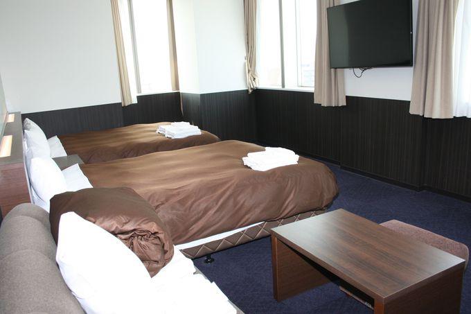 北欧風のおしゃれな雰囲気の「ホテルニューガイア ドーム前」の客室