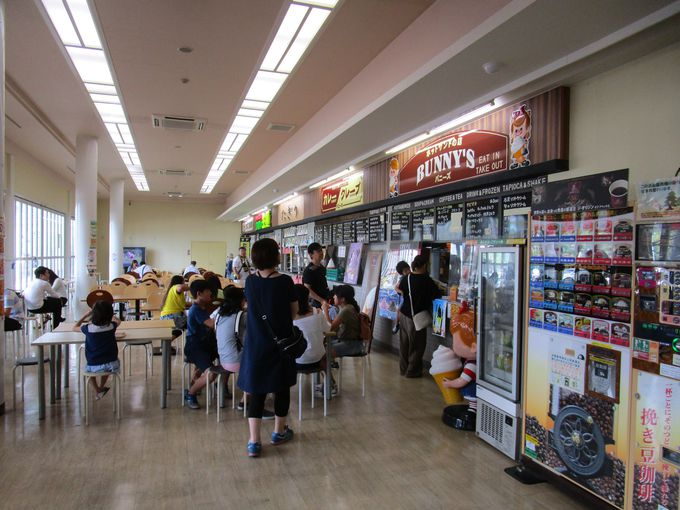 真っ黒な「石炭グルメ」が大人気!糸田町「道の駅 いとだ」