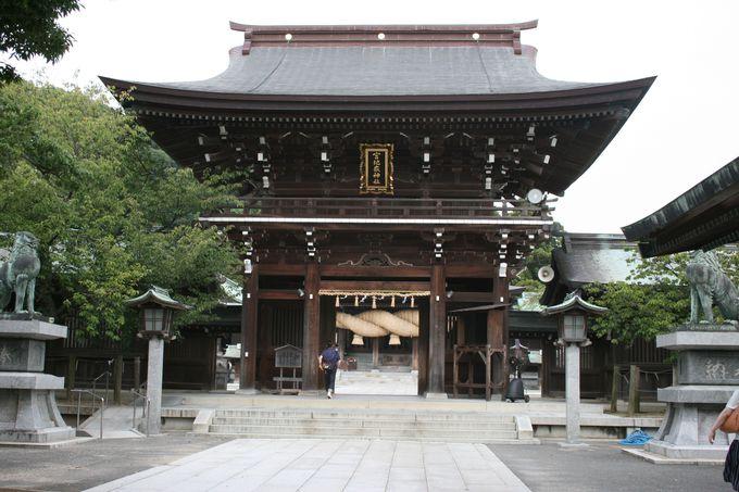 日本一の大しめ縄がある宮地嶽神社は商売繁昌の神様として有名