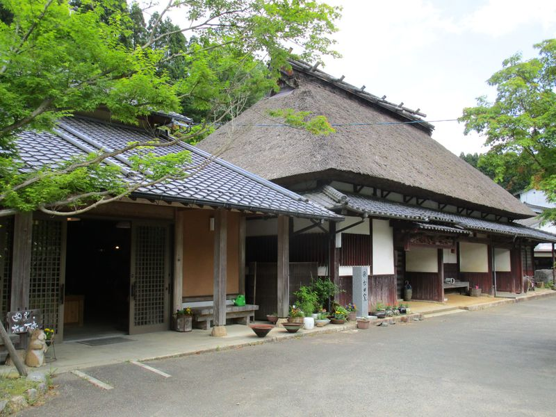民陶の里!福岡県東峰村「小石原焼の窯元巡り」