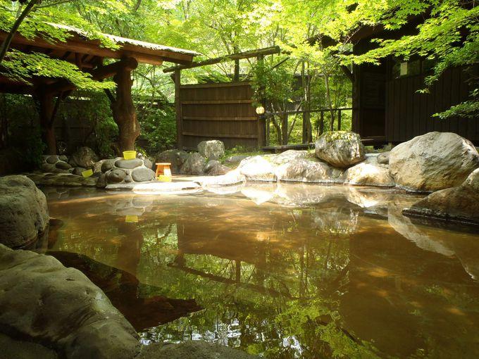 森林浴も楽しめる!黒川温泉「里の湯 和らく」は肌が潤うマイルドな上質湯