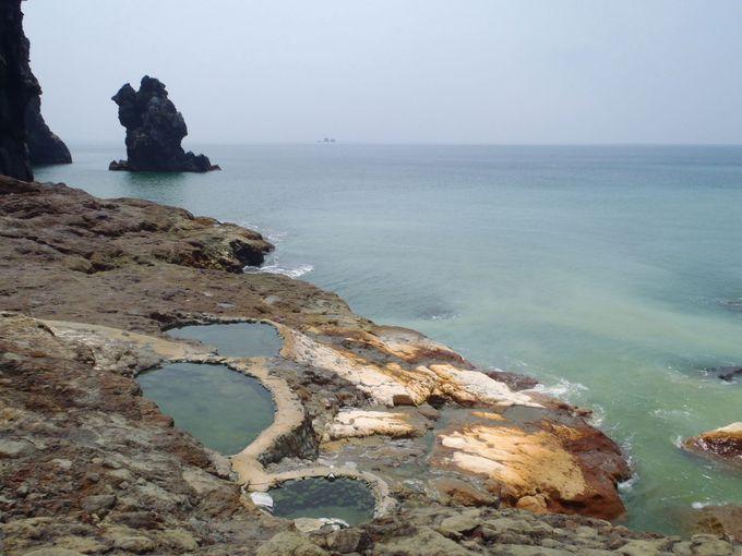 日本屈指の絶景露天風呂「東温泉」野天湯でも絶妙の湯加減で快適入浴!