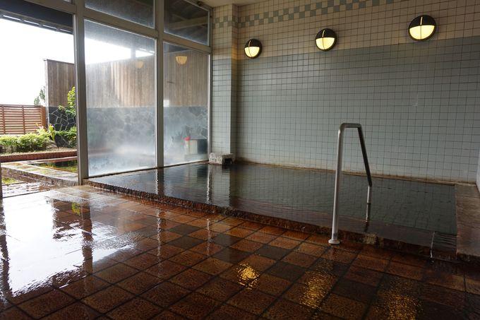 「延命館」の源泉100%かけ流しの温泉は、新鮮極まりない泡付きの絶品ぬる湯!