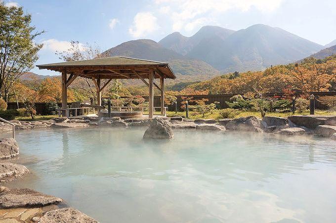 「九重星生ホテル 山恵の湯」は、絶景と四つの源泉が魅力!