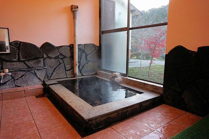 泉質が秀逸!「華まき温泉」はアワアワ・ツルツルの名湯
